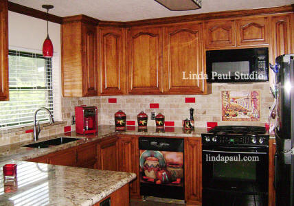 southwest kitchen with red tile accents