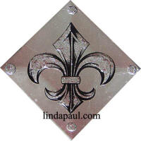 silver and diamond fluer de lis tile