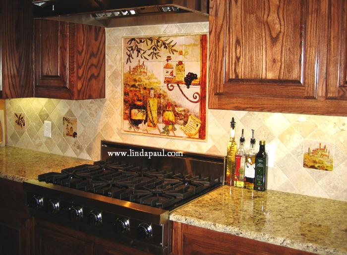 http://www.lindapaul.com/kitchen_backsplash_pictures/tuscan_kitchen_backsplash_%20accents.JPG