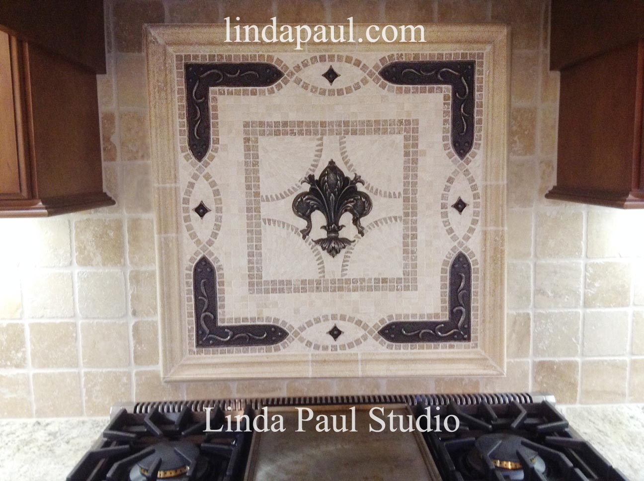 Fleur de Lis Backsplash Tile Mosaic Medallion - Mosaics Art Mural