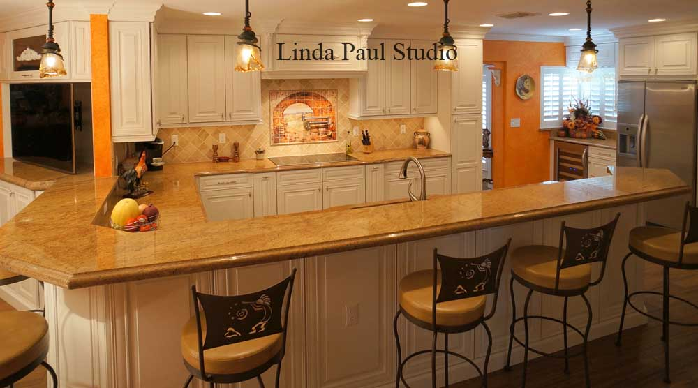Desinger Kitchen With Mural Backsplash