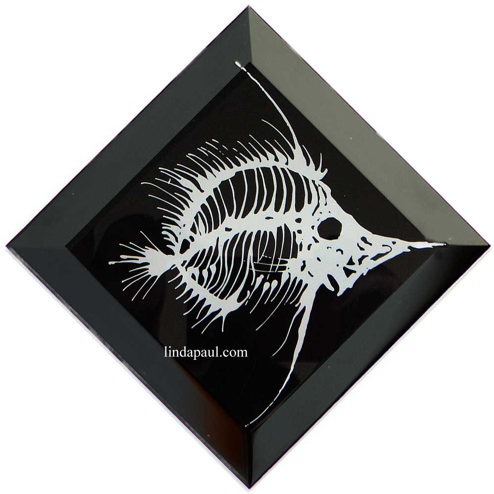 Black And White Grey Angel Fish Bones Tile