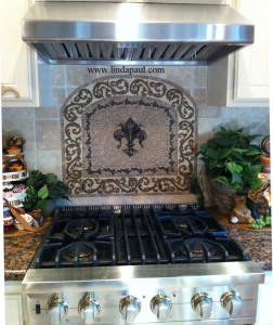 custom kitchen backsplash design with arched fleur de lis